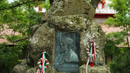 Téry Ödön emlékmű Dobogókőn