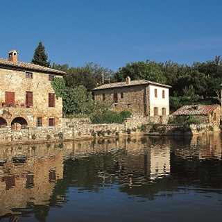 Pienza to bagno vignoni hiking trail - Albergo le terme bagno vignoni ...