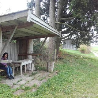 Wetterschutz und Picknickplatz
