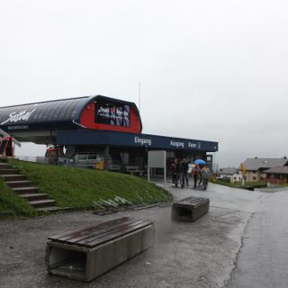 Start am Bergstation Sattel