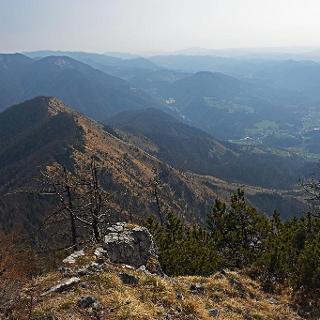 On the east ridge of Kržišče