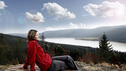 Zum größten Schwarzwaldsee und hoch hinaus auf den Bildstein