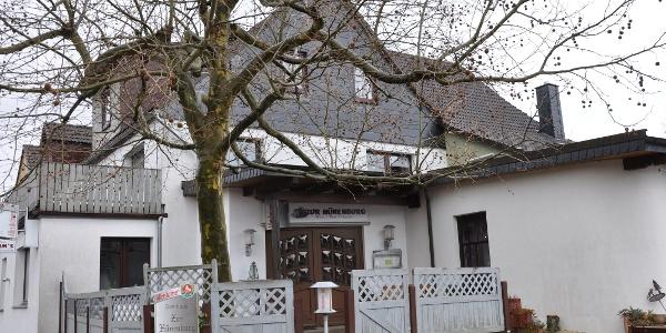 Gasthaus Zur Hünenburg in Golmbach