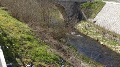 Tanner Brücke am Ortseingang Tanne