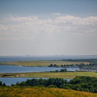 Ausblick über die Insel Hiddensee bis Stralsund