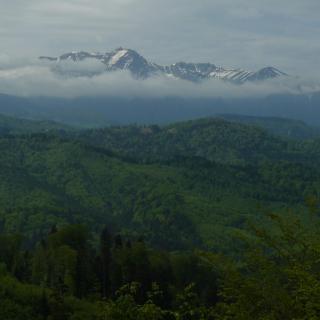 Kilátás a Bucsecsre a Keresztényhavas tetejéről