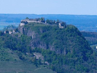Herrentisch, Blick zur Festung Hohentwiel