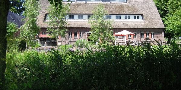 Teestube Burg Ewsum