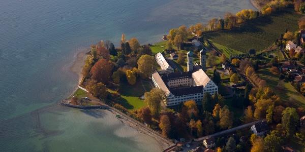 Ausblick auf die Schlosskirche Friedrichshafen