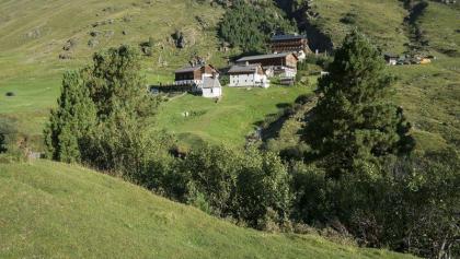 Rofenhöfe mit dem Geierwallihof
