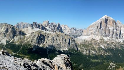 Blick vom Monte Averau zum Falzaregopass