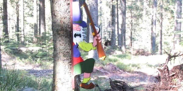 Im Wald lauert der Räuber