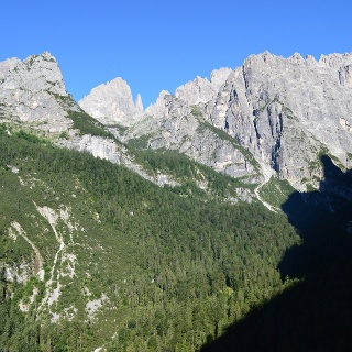 Panorama sul Brenta lungo il sentiero verso il Rifugio Croz dell'Altissimo