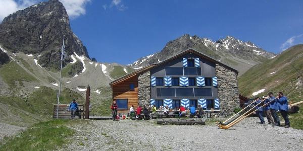Tuoi Hütte