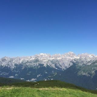 Panorama da cima Paganella