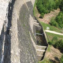 Staumauer von oben