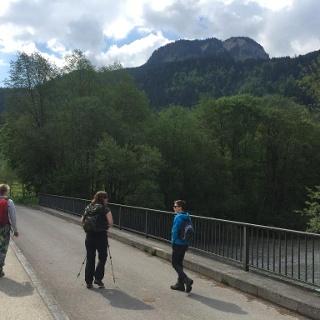 Start der Tour an der Ostrachbrücke in Vorderhindelang