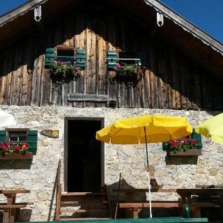 Hauserhütte, Ostseite
