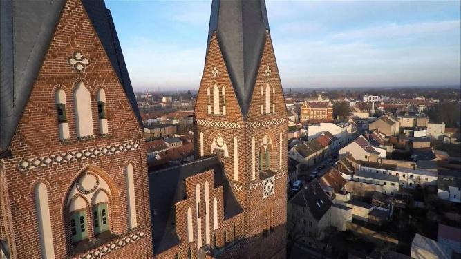 Klosterkirche Neuruppin im Morgenlicht
