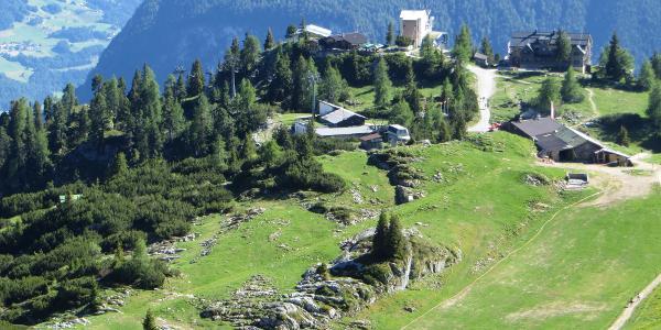 Erfurter Hütte und umliegende Almen