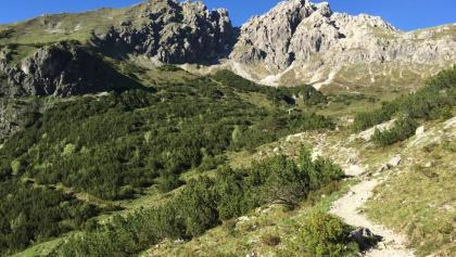 Vor uns die Oberstdorfer Hammerspitze