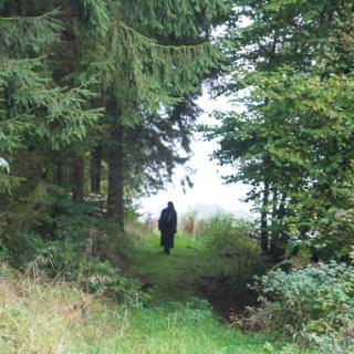 Wilde Wege kennzeichnen die Südroute des Spirituellen Wanderweges von Kloster zu Kloster.