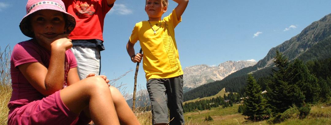 Curious kids at Passo Lavazè