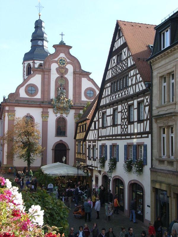 Stadt, Wald, Fluss – Von der Barockstadt Ettlingen zum Bismarckturm