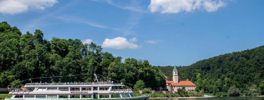 """Mit der MS """"Weltenburg"""" zum Kloster Weltenburg"""