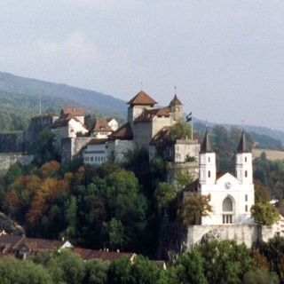 Kirche und Festung von Aarburg