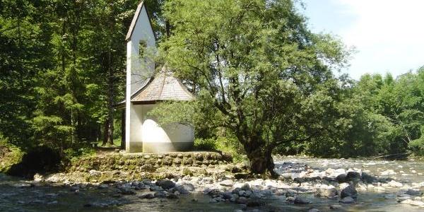 Insel mit der Kapelle des Johanneums