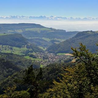 Ausblick vom Chellenchöpfli Richtung Mümliswil