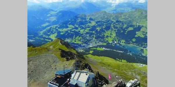 Aussicht vom Rothorn (2865 m ü.M)