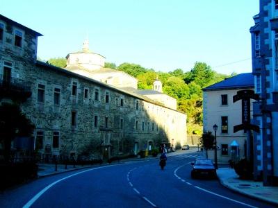 Samos -  eines der ältesten Klöster Spaniens