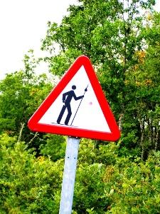 Achtung selbst Pilger bitte nicht überfahren