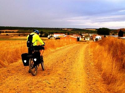 Calzadilla: Beginn Schotterweg