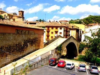Estella mit «Puente del Cárcel» über Río Ega