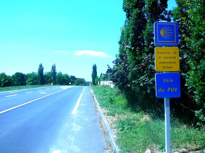 Beginn entlang der D933