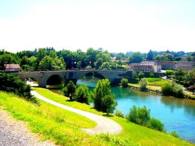 Brücke über Gave d'Oloron vor Navarrenx