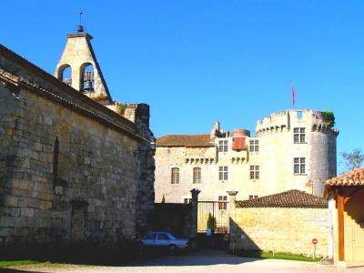 baufällige Kirche sowie Château de Flamarens