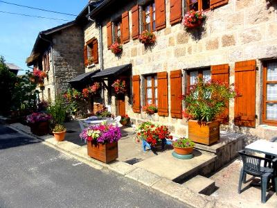 Saint-Jeures