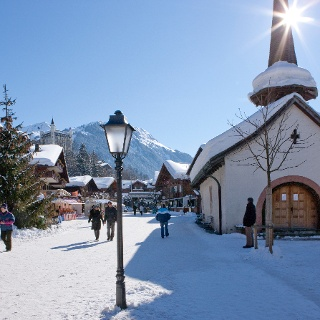 Traffic-free centre of Gstaad