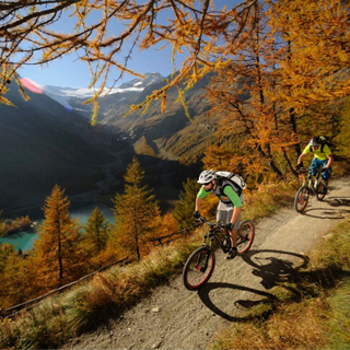 A challenging trail through the Val Poschiavo
