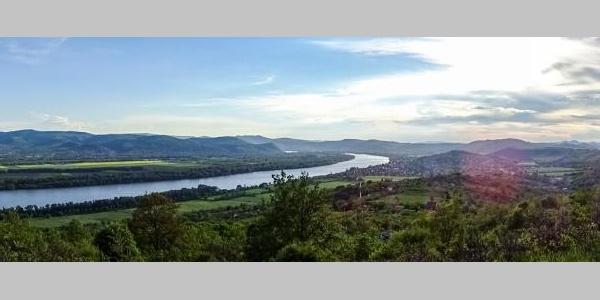 Kilátás a Fenyves-hegyről