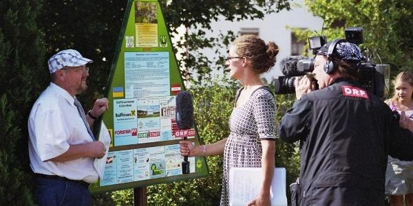 WETTERLEHRPFAD-Eröffnung - DI Anton Puchegger im Interview mit ORF NÖ (Copyright: Karl Gradwohl)