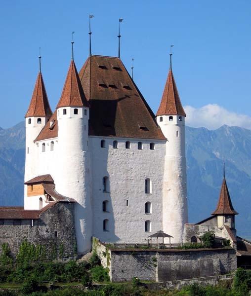 Schloss mit Schlosshof