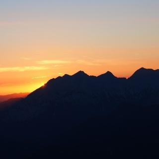 Sonnenaufgang auf der Hütte 1966m