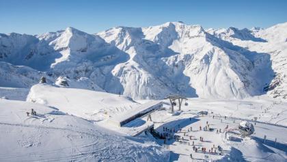 Drohnenaufnahme im Skigebiet Sportgastein
