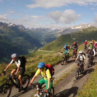 Passo Scimfuss Gotthard Airolo Single Trail Panorama