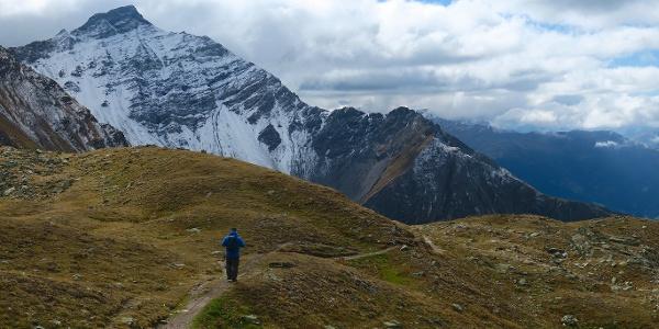 Auf dem Weg zur Alp Sanaspans.